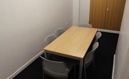 Thumb_rsa_-_meeting_room