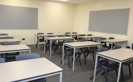Thumb_stpetersw_classroom_5_th