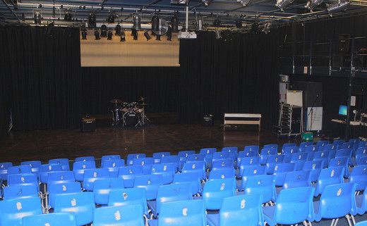 Regular_st_peters_drama_theatre1