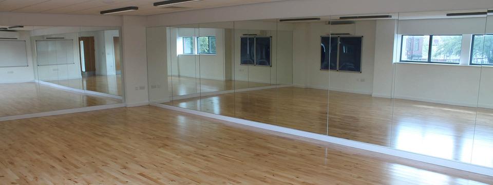 Regular_moor_park_dance_studio_1920x720