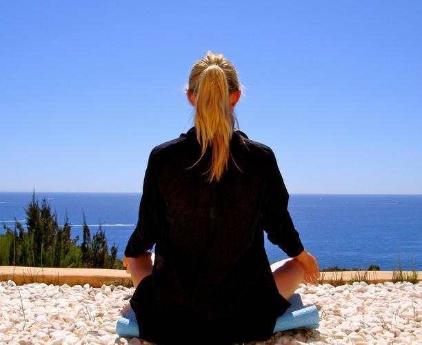 Yoga with Sam - The Thursday Class