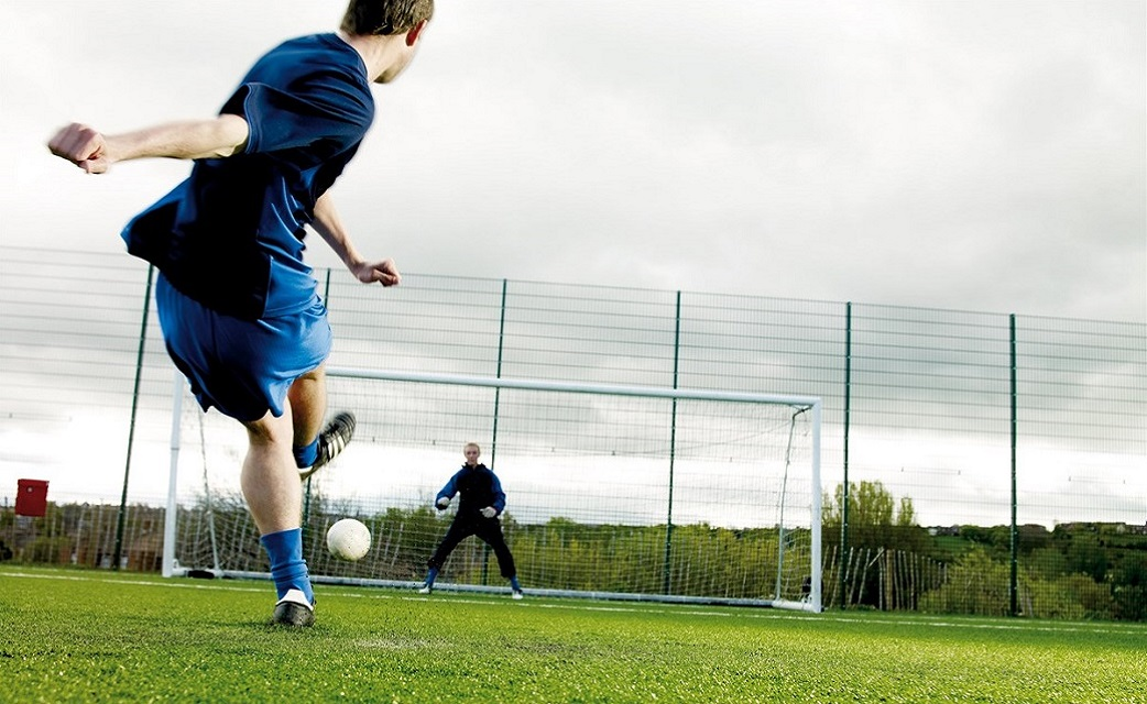 Caversham United FC - Adults Football