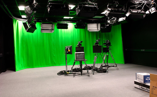 Regular_ormiston_-_tv_studio_-_ob_th