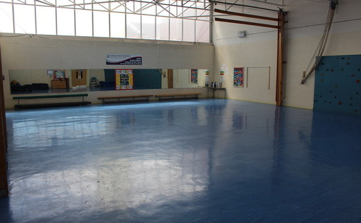 Regular_lostock_-_gymnasium_1_th