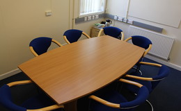 Thumb_light_hall_-_meeting_room_th
