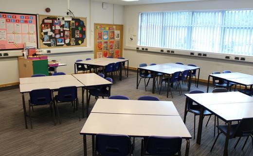 Regular_light_hall_-_classroom_2_th