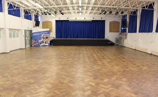 Regular_southlands_-_main_hall_th