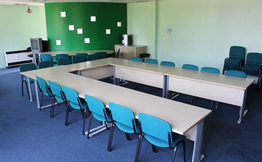 Regular_kings_-_conference_room