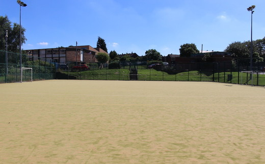 Regular_southlands_-_astro_turf_pitch_th