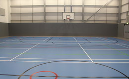 Thumb_southlands_-_sports_hall