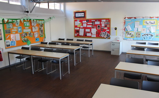 Regular_southlands_-_classroom_1_th