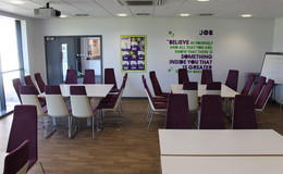 Thumb_southlands_-_conference_room_th