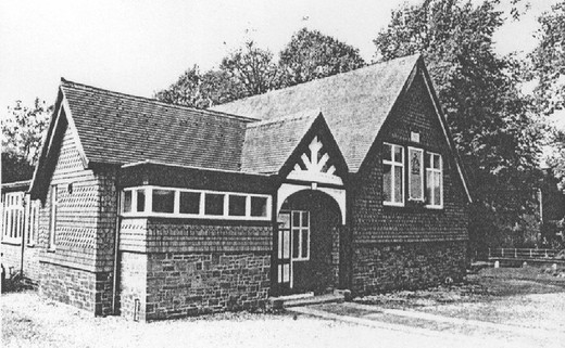 Regular_village_hall_bw_-_category