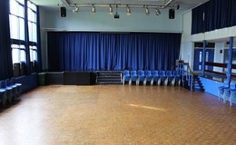 Thumb_whitworth_-_main_hall_6_th