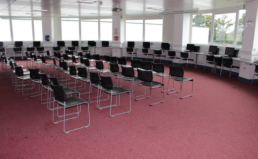 Regular_harefield_-_circular_conference_room_th