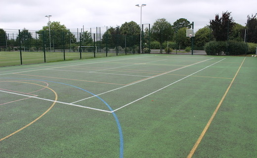 Regular_upton_-_tarmac_muga__floodlit__thumb