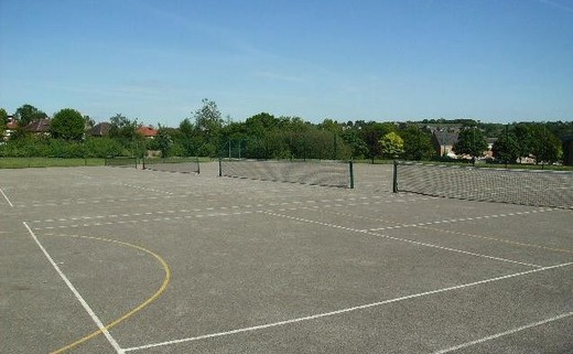 Regular_tennis_courts__1_