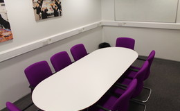 Thumb_southlands_-_meeting_room_2