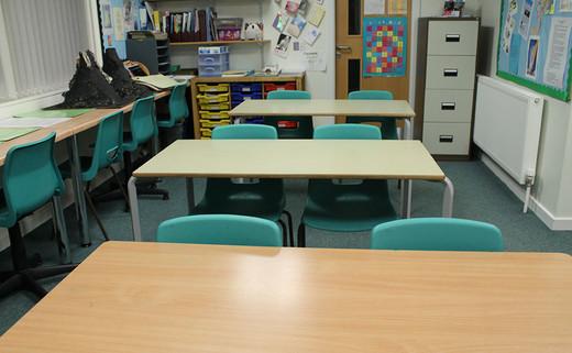 Regular_brownedge_classroomsimg_3030_thumb_