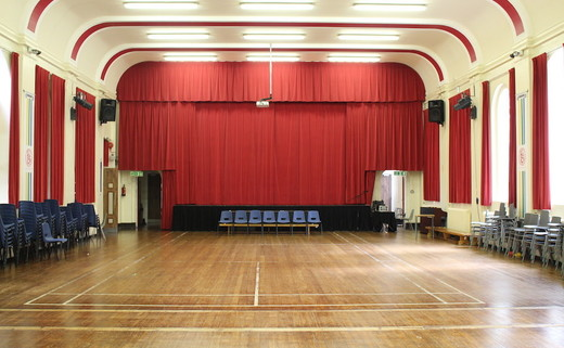 Regular_flixton_-_main_hall