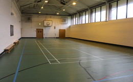 Thumb_gateway_-_sports_hall_1_court_1