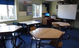 Thumb_assisi_-_classroom_th