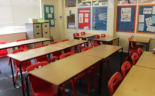 Regular_aquinas_-_classroom_2_th