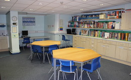 Thumb_wharfe_-_meeting_room_1