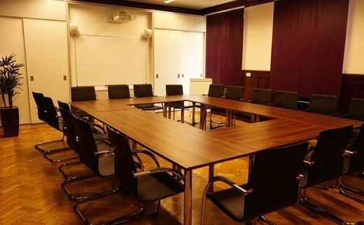 Regular_grand_hall_board_room