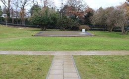 Thumb_ark_putney_-_outdoor_staged_area