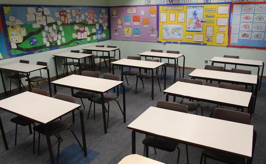 Regular_hayfield_-_classroom
