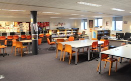 Thumb_rsa_-_6th_form_common_room__2_