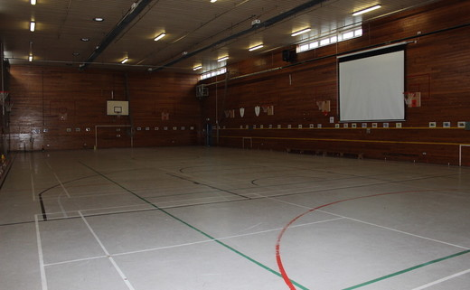 Regular_finham_park_-_sports_hall_2