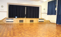 Thumb_haywood_-_main_hall_th