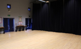 Thumb_beverley_grammar_-_drama_studio_2_th
