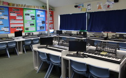 Thumb_beverley_grammar_-_music_room_th