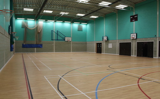 Regular_magdalen_-_sports_hall_2_th