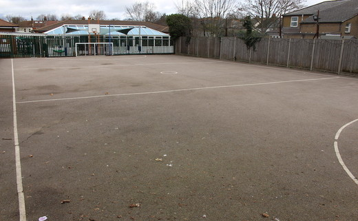 Regular_manor_park_-_tarmac_muga_th