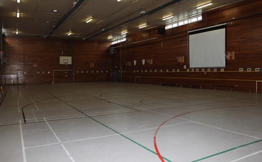 Regular_finham_park_-_sports_hall_2