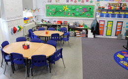 Thumb_manor_park_-_classroom_th