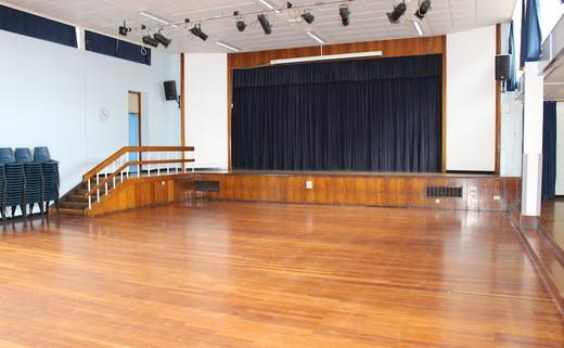 Regular_egglescliffe_-_main_hall