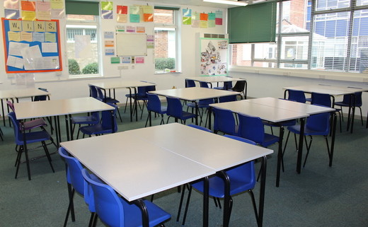 Regular_egglescliffe_-_classroom