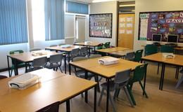 Thumb_de_lacy_-_classroom