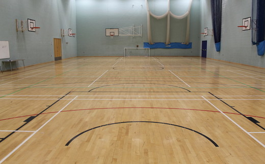 Regular_horbury_-_sports_hall_1_th