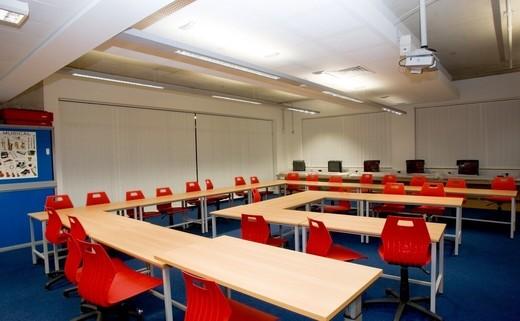 Regular_classroom_2