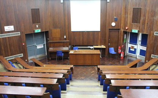 Regular_banbury_-_lecture_theatre_2_th