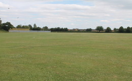 Thumb_banbury_-_grass_pitch_1_th