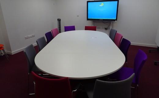 Regular_portesberry_-_conference_room_1