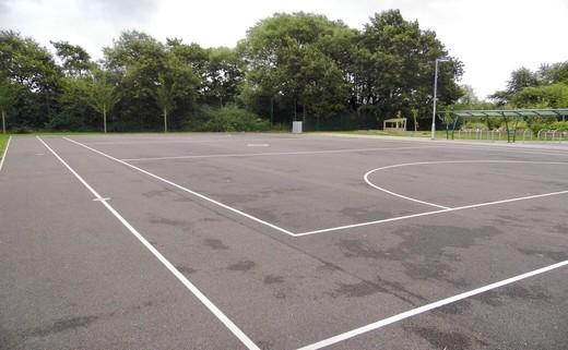Regular_outdoor_court