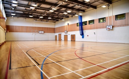 Regular_sports_hall_1